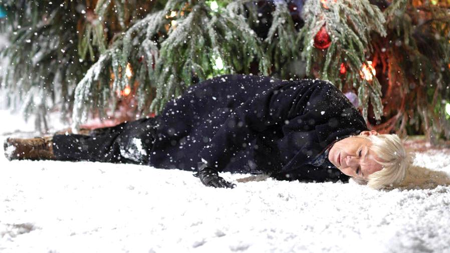 Rockin' around the Christmas tree. © BBC